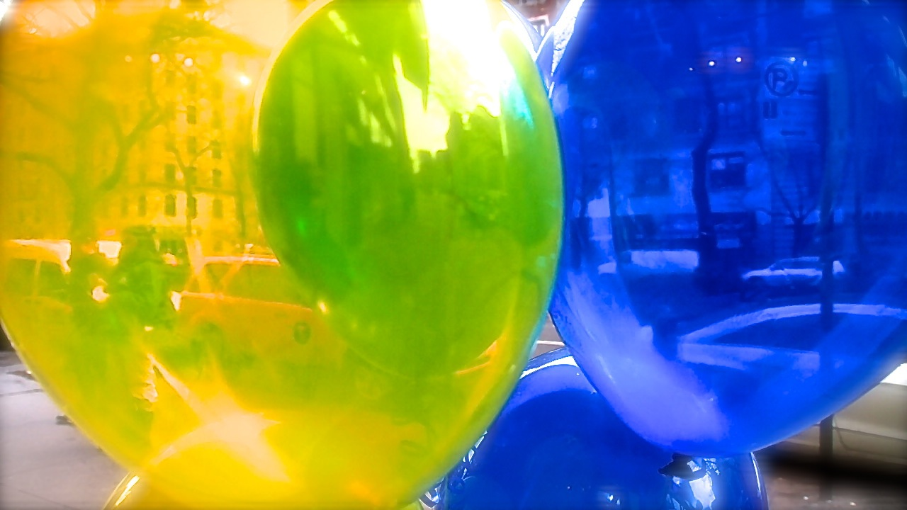 Green and blue balloons - Day 122 2 Yellow Balloon And Blue Balloon Make Green Balloon Maria Giacchino