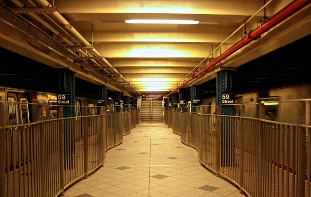Day 51:3 rare empty subway